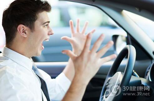 男人长期开车或致不育